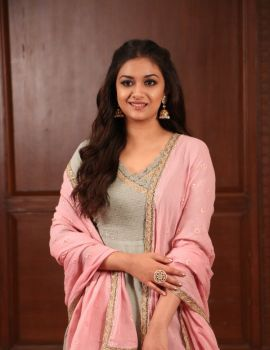 Keerthy Suresh Photos at Sandakozhi 2 Interview