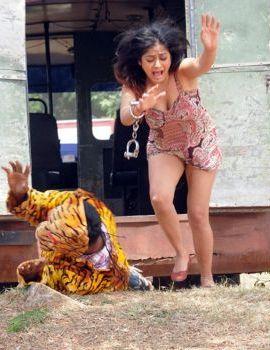 Kiran Rathod stills from Telugu Movie Bhaaja Bhajantreelu
