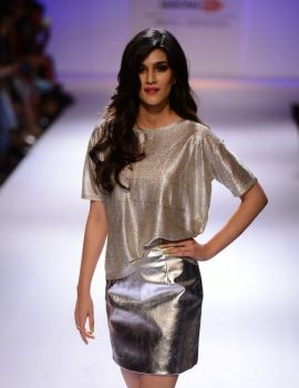 Kriti Sanon walks for River Island at lakme fashion week