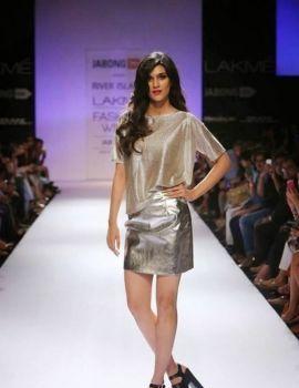 Kriti Sanon walks for River Island at lakme fashion week
