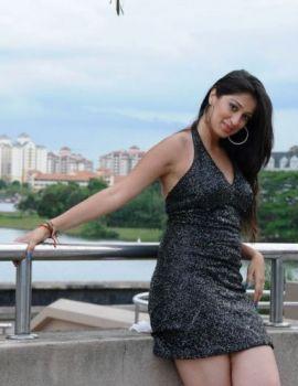 Lakshmi Rai Hot Thigh Show Stills