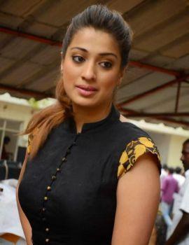 Raai Lakshmi Photos at Sowkarpettai Movie Launch