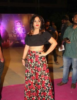 Maadhavi Latha Stills at Zee Apsara Awards 2018  Celebrations