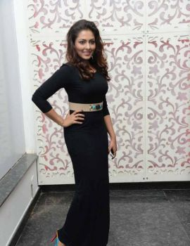 Madhu Shalini in Black Gown at Satya 2 Audio Release Function