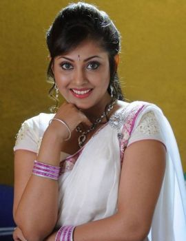 Madhu Shalini Latest Photoshoot in White Saree
