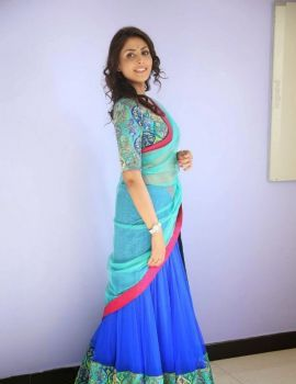 Madhu Shalini Photos in at Seethavalokanam Movie Poster Launch