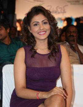 Madhu Shalini Stills at Ladies and Gentleman Audio Release