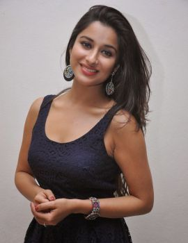 Madhurima in Sleeveless Dress at Veta Platinum Disc Event