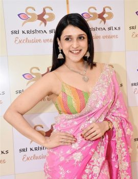 Mannara Chopra Pics from Sri Krishna Silks Special Wedding Collection Launch