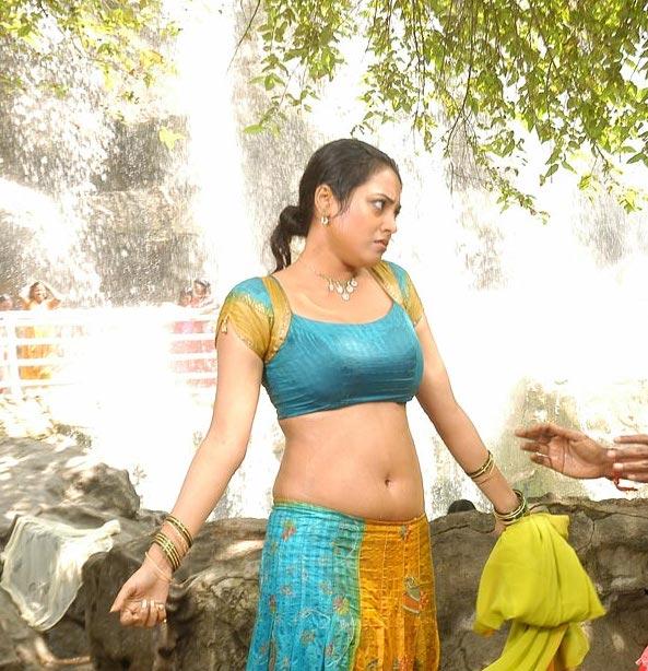 Actress Meenakshi Hot Stills from Rajathi Raja Tamil Movie