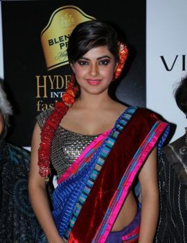 Meera Chopra Stills at BPHIFW 2012 Day 3