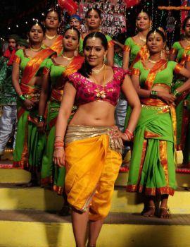 Meghana Naidu in Diyalo Diyala Song from the film 100% Love Story
