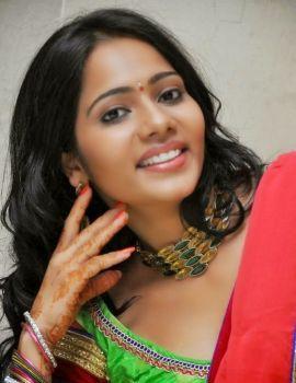 Mithra Saree Stills at Tholi Sandhya Velalo Press meet