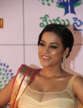 Mumaith Khan at Memu Saitham We Love Vizag Dinner with Stars Event