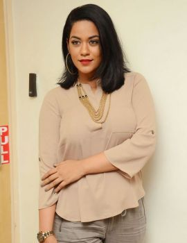 Mumaith Khan Photos at Radio City FM Station