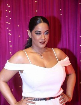Mumaith Khan Stills at Zee Apsara Awards