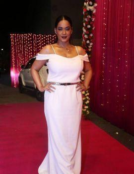 Mumaith Khan Stills at Zee Apsara Awards