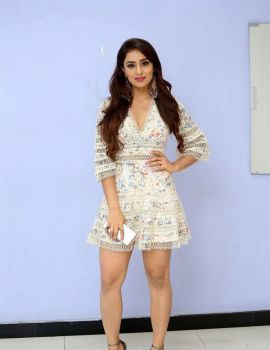 Muskan Sethi Photos at Ragala 24 Gantallo Movie First Look Poster Launch