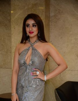 Musskan Sethi Photos at Ragala 24 Gantallo Movie Pre Release Event