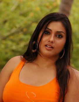 Namitha Kapoor in Pachi Mirapakaya movie