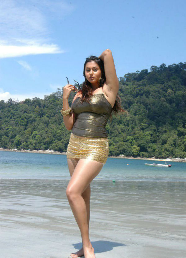 In Bikini South Indian Namitha Actress Hot l1cTJuFK3
