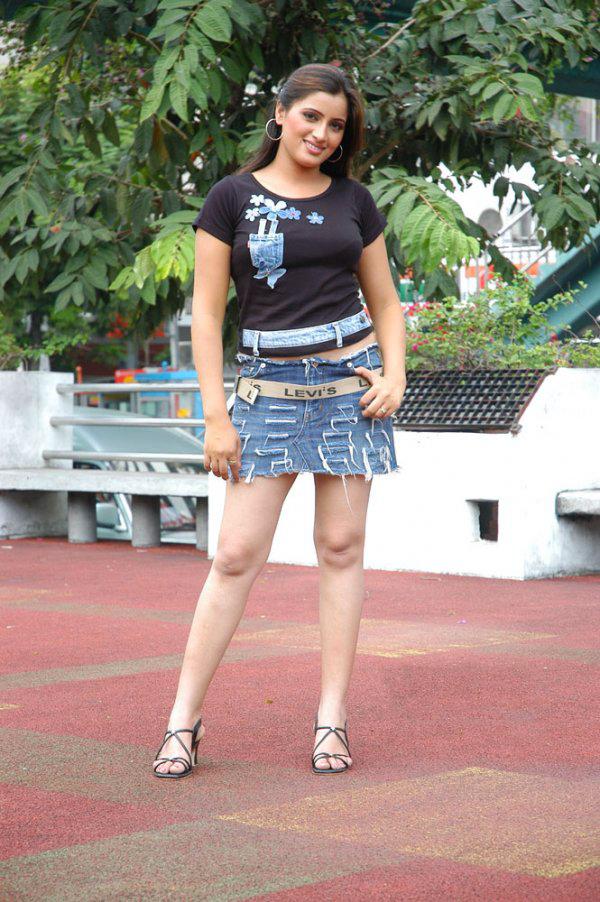Navneet Kaur in Mini Skirt Stills