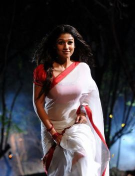Nayantara White Saree Stills from Krishnam Vande Jagadgurum