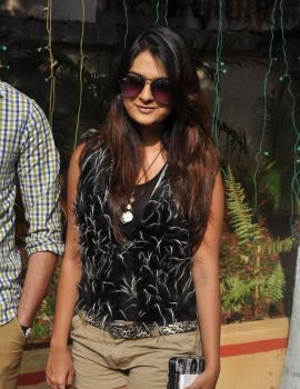 Telugu Actress Neha Deshpande Stills at Silk India Expo 2014, Hyderabad
