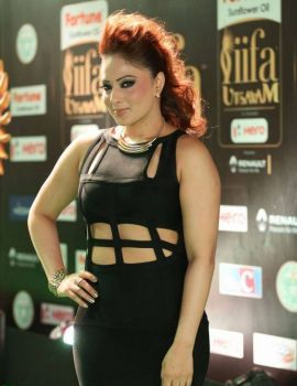Nikesha Patel Stills At IIFA Awards 2017