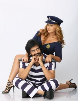 Nikesha Patel stills from Telugu Movie Araku Road Lo