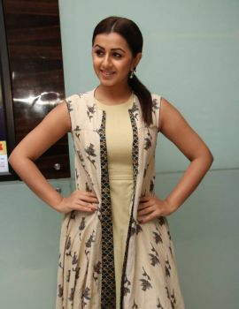 Nikki Galrani at Hara Hara Mahadevaki Premiere Show