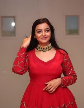 Nithya Shetty in Red Dress at O Pitta Katha Movie Pre Release Function
