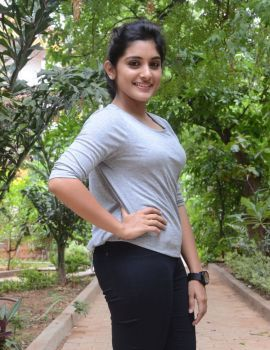 Gentleman Movie Actress Nivetha Thomas Glamorous Photos