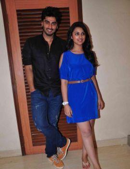 Arjun Kapoor & Parineeti Chopra at Ishaqzaade Debate Competition