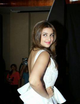 Parineeti Chopra in Backless White Dress during ZEE's Cinestar Ki Khoj Show 2014