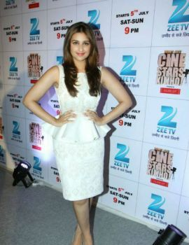 Parineeti Chopra in Backless White Dress during ZEE's Cinestar Ki Khoj Show 2014