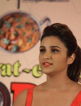 Parneethi Chopra at Daawat-E-Ishq Film Press Meet