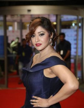 Payal Ghosh at 64th Filmfare Awards 2017