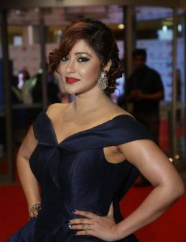 Payal Ghosh at 64th Filmfare Awards 2017