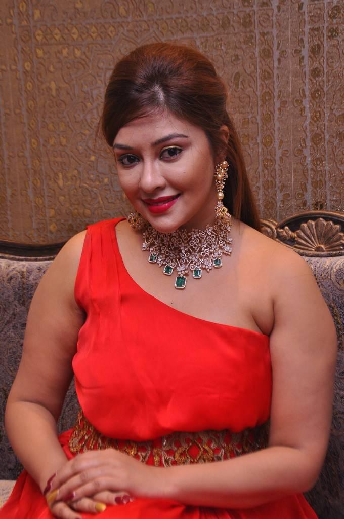 Payal Ghosh at Kalasha Fine Jewels Event