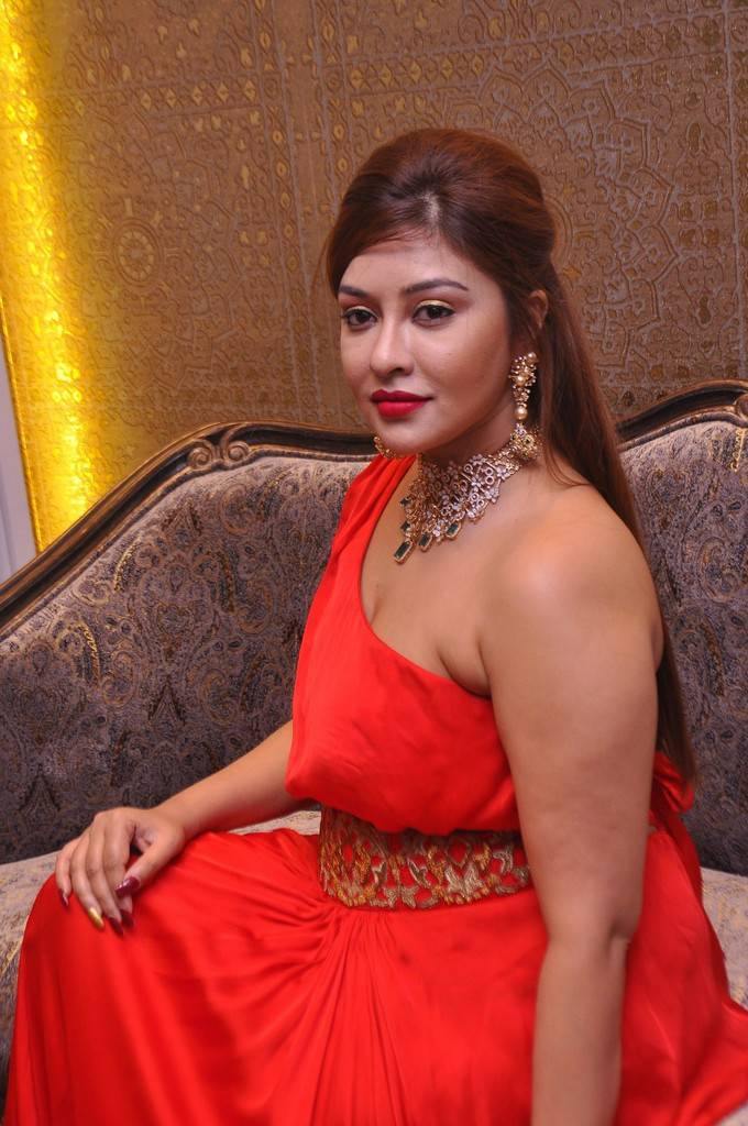 Payal Ghosh at Kalasha Fine Jewels Event