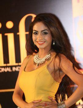 Pooja Sri Photos at IIFA Utsavam Awards 2016