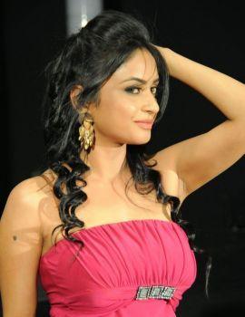 Telugu Actress Pooja Sri Photos at Weekend Love Press Meet