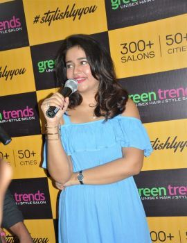 Poonam Bajwa Inaugurates Green Trends Salon at Kanuru Vijayawada