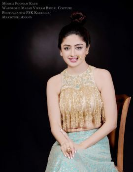 Poonam Kaur stills in Malar Vikram Bridal Couture