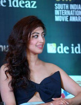 Pranitha Subhash Stills at SIIMA 2016 Press Conference