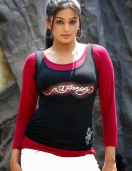 Priyamani Stills from Movie Golimaar