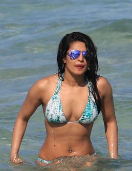 Priyanka Chopra Swimming in the Ocean at Miami Beach