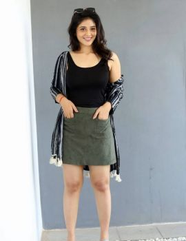 Telugu Actress Priyanka Jawalkar at Taxiwala Movie Press Meet