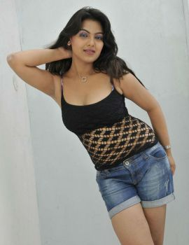 Priyanka Tiwari Hot & Spicy Stills